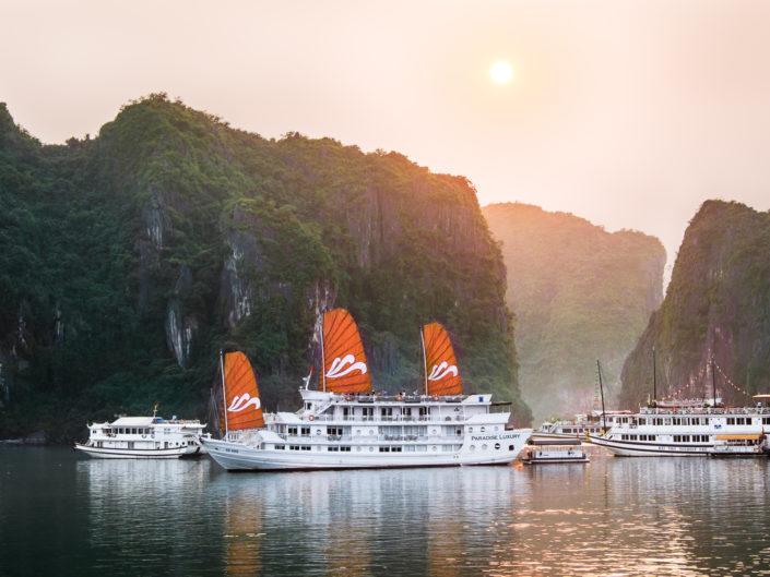 Sunrise in Halong Bay