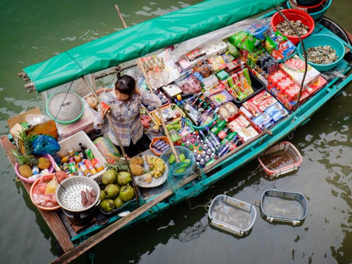 Vendor in Halong Bay